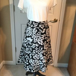 A-Line Tiered Linen Skirt Black & White Size 10